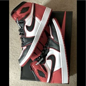 Air Jordan 1 Retro Bloodline Black-toe **Customs**